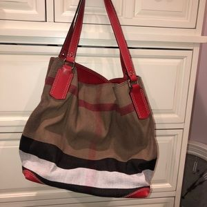 Burberry bucket tote shoulder bag